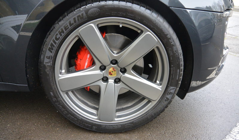 Porsche Macan 3.0 GTS PDK AKRAPOVIC complet
